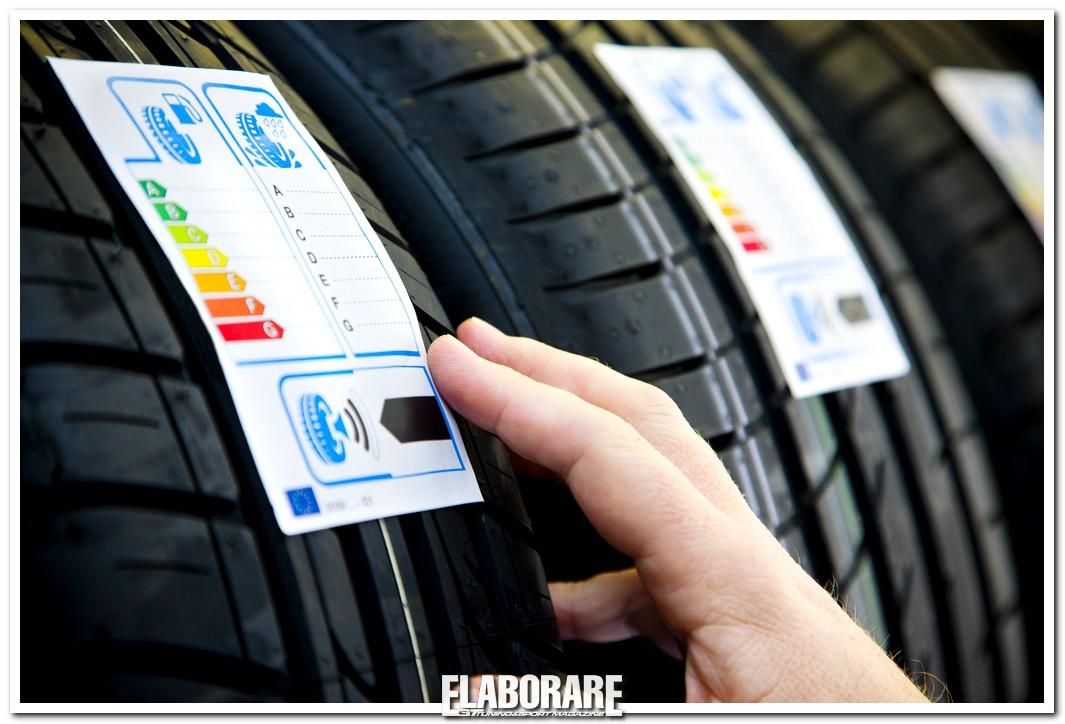 """Etichettatura """"A"""" per gli pneumatici concept Goodyear Dunlop"""