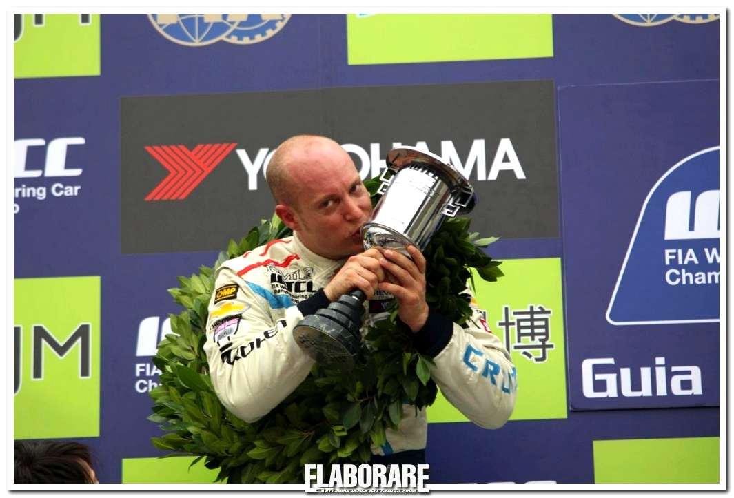 Rob Huff è Campione del Mondo WTCC
