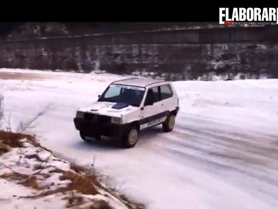 Panda 4x4 drifting snow neve elaborata