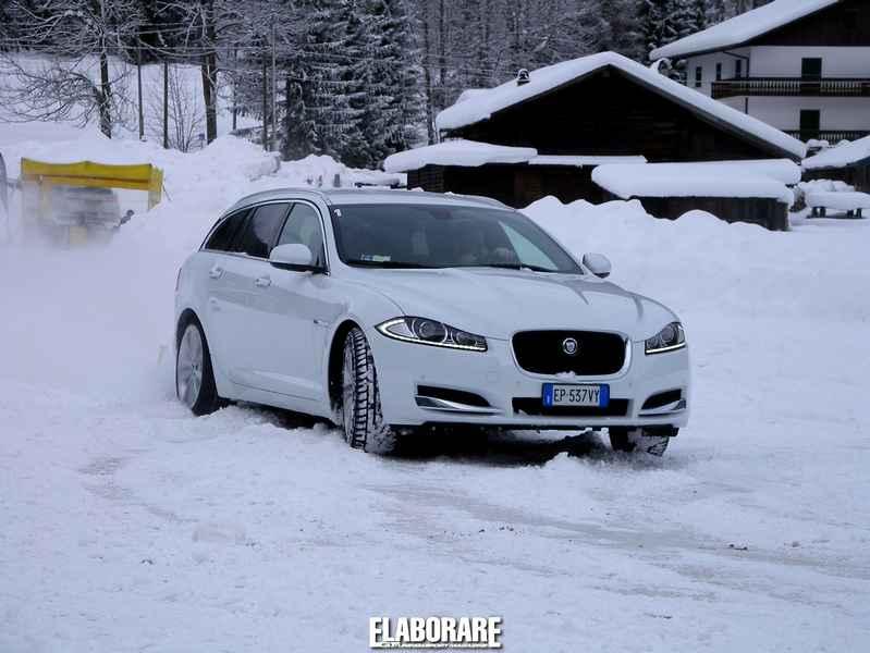 Jaguar XF Sportbrake Optimized Traction