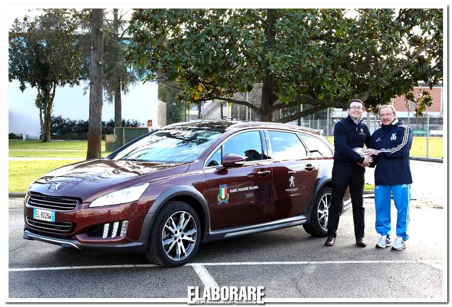 Peugeot Italia consegna la Peugeot a Jacques Brunel, CT della Nazionale Italiana Rugby
