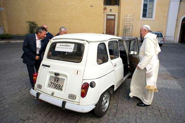 Risultato immagini per renault r 4 papa