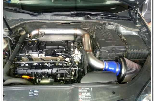Volkswagen-Golf-GTI-motore