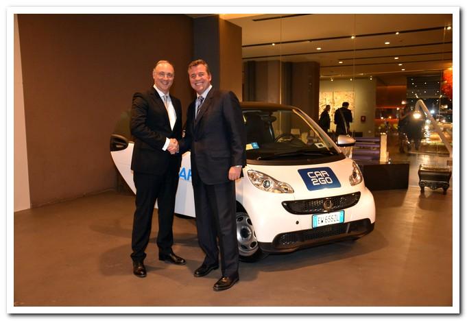 Roland Schell-Presidente-Mercedes-Benz-Italia-con-Alwin-Epple