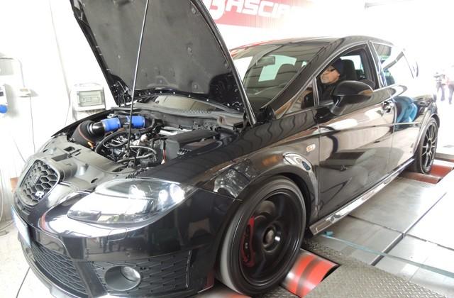Seat-Leon-Cupra-R-elaborazione-375-CV