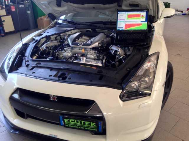 Nissan-GTR-Vama-Preparazioni