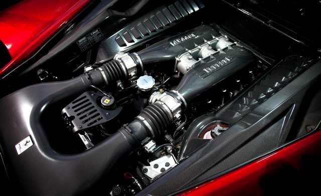 Ferrari-458-spyder-Alosa