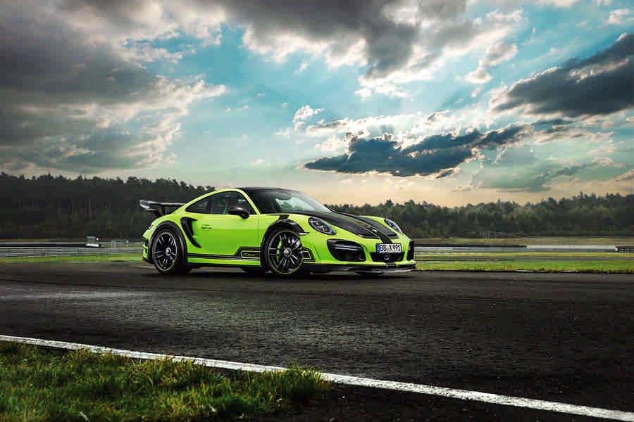 Porsche GT Street R 640 CV (2)