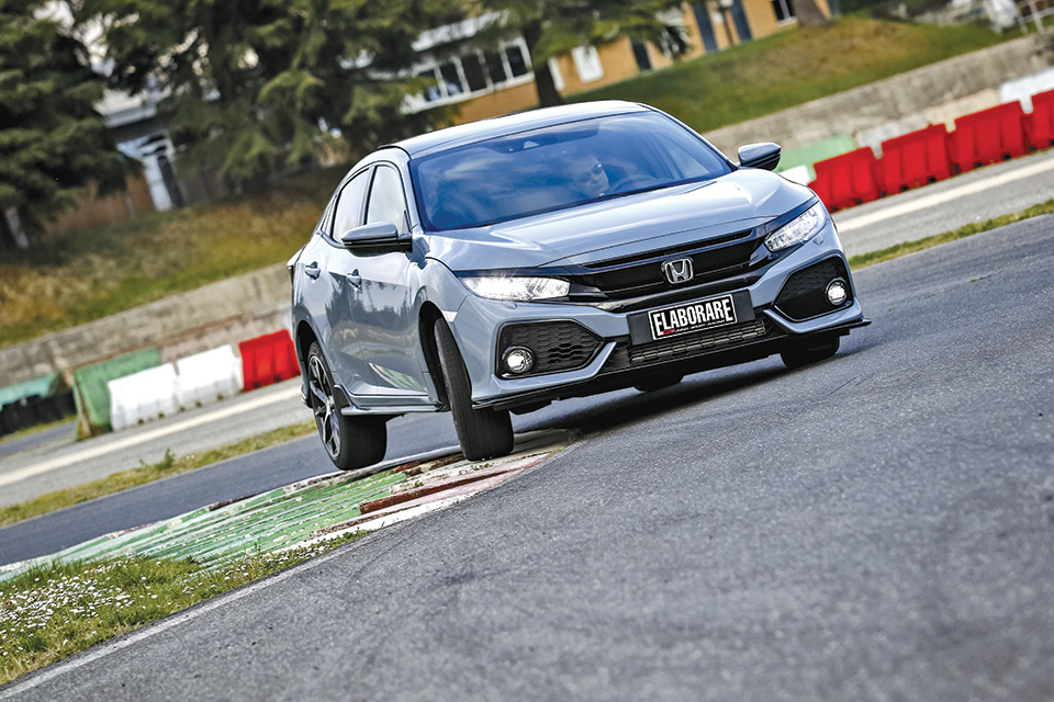 Honda-Civic-1 5-VTEC-Turb