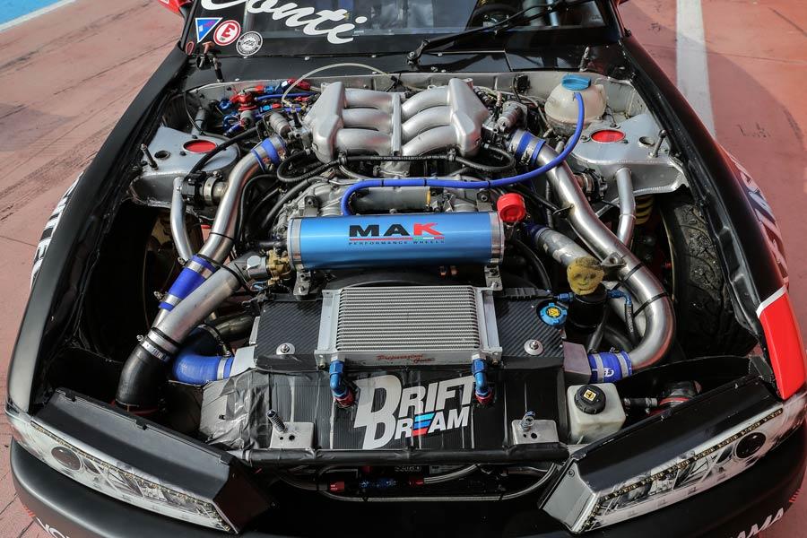 Nissan Silvia S13 preparazione 1000 CV: una bomba da drift!
