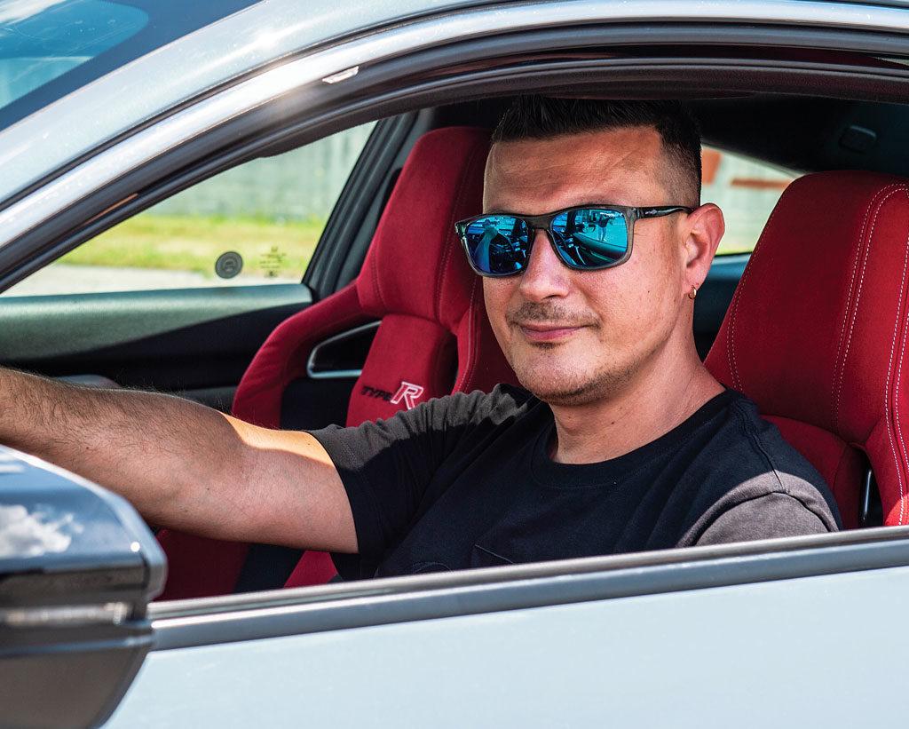 Davide Lelli preparatore e proprietario della Honda Civic Coupé